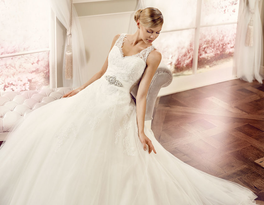 Sutton bridal studio home of elegant wedding dresses for Wedding dress cleaning birmingham