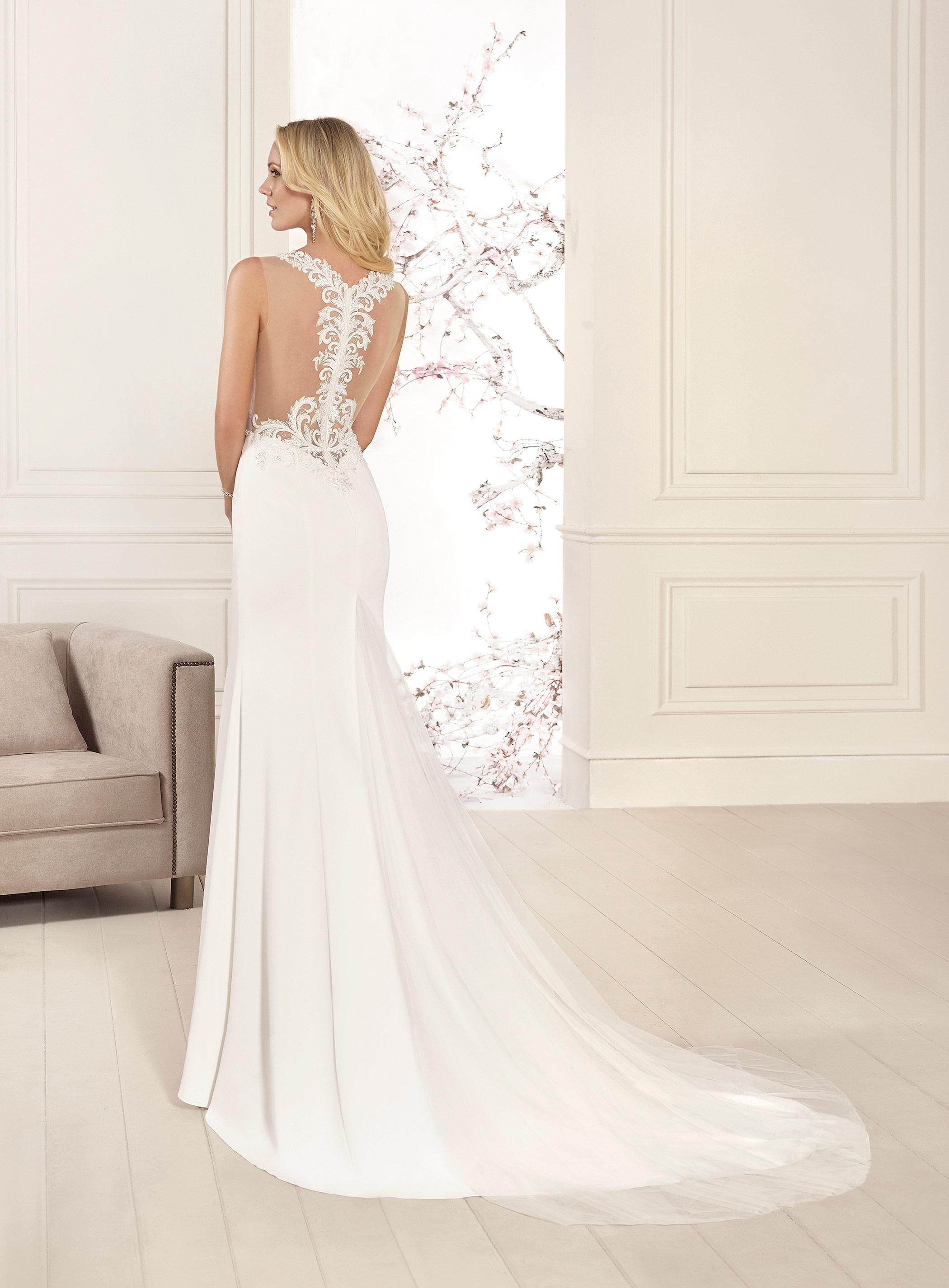 Sutton Bridal Studio Home Of Elegant Wedding Dresses
